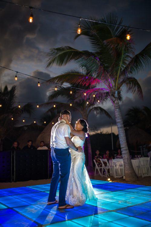 darcelle justin beach wedding ocean riviera paradise playa del carmen 02 500x750 - Darcelle & Justin - Ocean Riviera Paradise