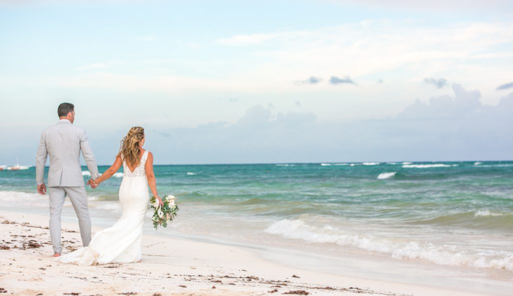 jamie gillis beach wedding xpu ha riviera maya 02 1024x591 - 3 Reasons To Start Planning Your Destination Wedding Right Now!