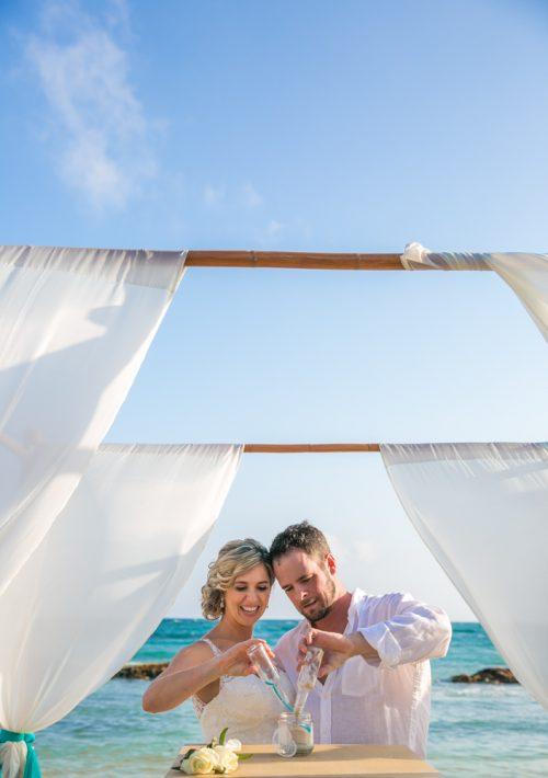 jenny bill riviera maya wedding omni puerto aventuras beach resort 01 3 500x710 - Jenny & Bill - Omni Hotel Puerto Aventuras