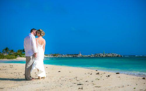 jenny bill riviera maya wedding omni puerto aventuras beach resort 02 3 500x313 - Jenny & Bill - Omni Hotel Puerto Aventuras