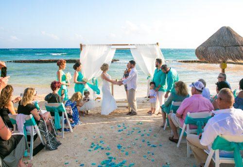 jenny bill riviera maya wedding omni puerto aventuras beach resort 02 9 500x344 - Jenny & Bill - Omni Hotel Puerto Aventuras