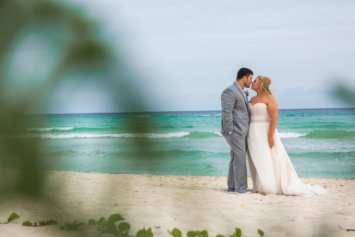 lana lee beach wedding grand sunset princess riviera maya 01 9 - Lana & Lee - Grand Sunset Princess
