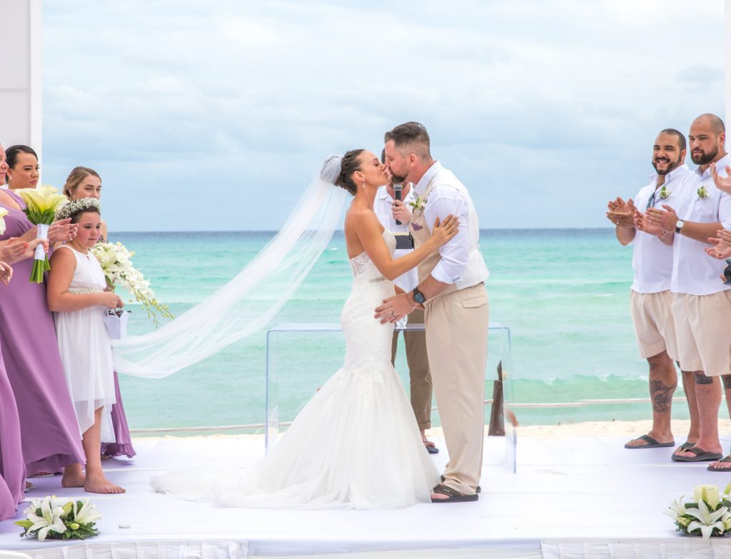 lindsay rob beach wedding grand sunset princess 01 8 1024x783 - The Ultimate List Of Best Wedding Resorts In Mexico