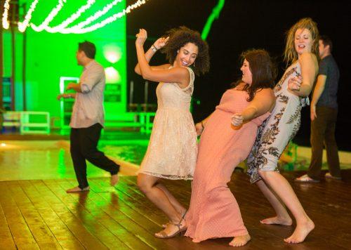 safaa al wedding grand coral beach club playa del carmen 01 15 500x356 - Safaa & Al - Grand Coral Beach Club