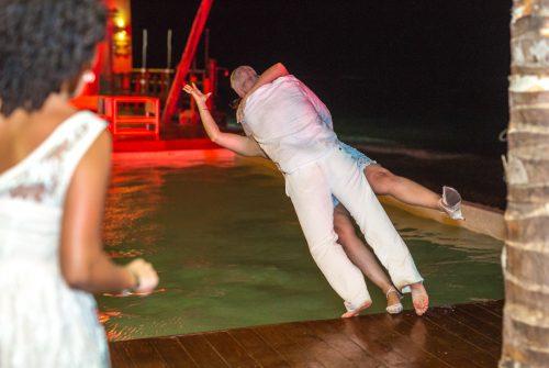 safaa al wedding grand coral beach club playa del carmen 01 17 500x335 - Safaa & Al - Grand Coral Beach Club