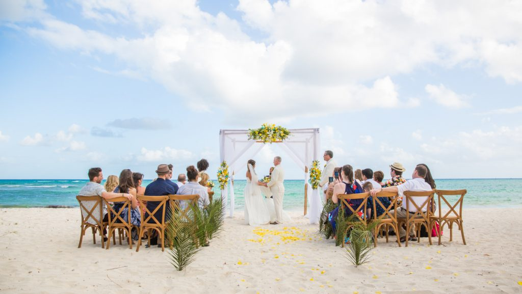 safaa al wedding grand coral beach club playa del carmen 01 3 1024x577 - 4 Important Questions To Ask Before Planning A Destination Wedding