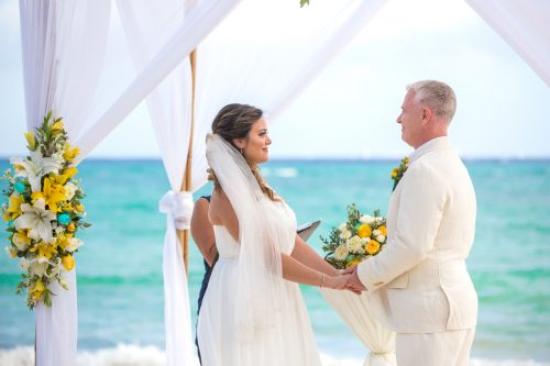 safaa al wedding grand coral beach club playa del carmen 01 5 500x333 - Safaa & Al - Grand Coral Beach Club
