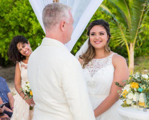 safaa al wedding grand coral beach club playa del carmen 01 6 500x403 - Safaa & Al - Grand Coral Beach Club