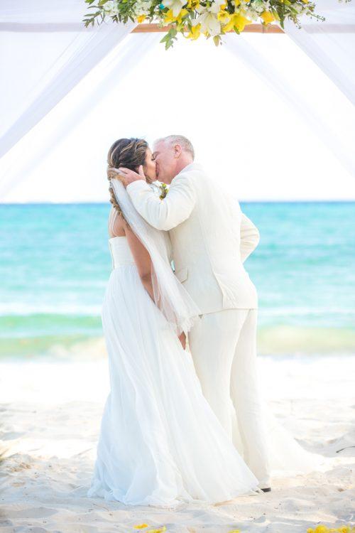 safaa al wedding grand coral beach club playa del carmen 02 3 500x750 - Safaa & Al - Grand Coral Beach Club