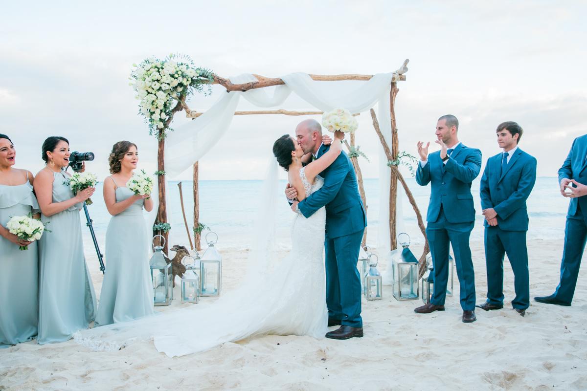 yuri adolfo playa del carmen wedding grand coral beach club 01 12 - Yuri & Adolfo - Grand Coral Beach Club