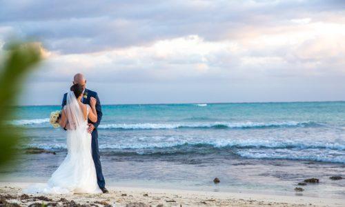 yuri adolfo playa del carmen wedding grand coral beach club 01 16 500x300 - Yuri & Adolfo - Grand Coral Beach Club