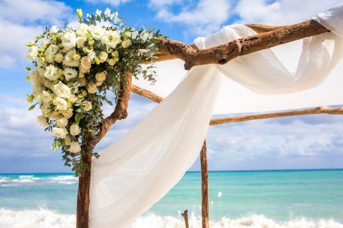 yuri adolfo playa del carmen wedding grand coral beach club 01 4 500x333 - Yuri & Adolfo - Grand Coral Beach Club