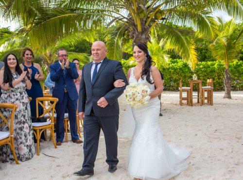yuri adolfo playa del carmen wedding grand coral beach club 01 9 500x371 - Yuri & Adolfo - Grand Coral Beach Club