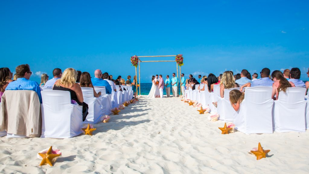 Jane Bill Finest Playa Mujeres Cancun Wedding 02 5 1024x576 - How To Get The Best Photographer For A Wedding In Mexico?