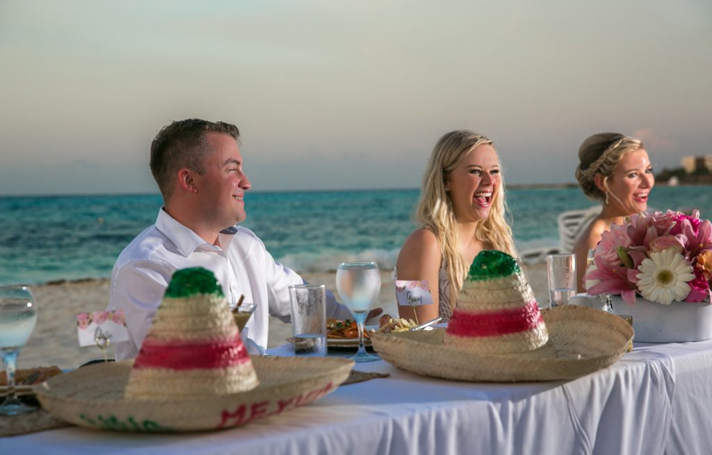 Iona Travis Hotel Riu Cancun Wedding 2 1024x655 - How To Give A Wedding Speech That Doesn't Suck