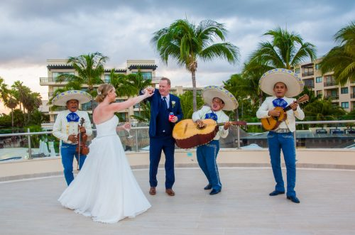 Stephaine Brian Dreams Riviera Cancun Wedding 7 500x331 - Stephanie & Brian - Dreams Riviera Cancun