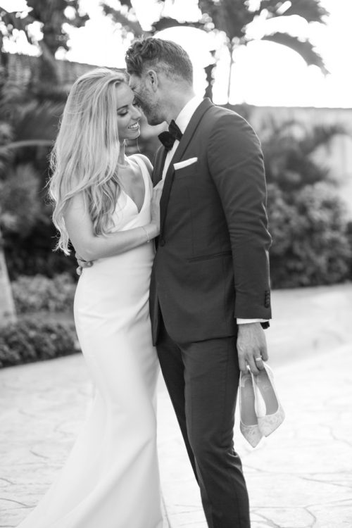 Nicole James Villa la Joya Playa del Carmen Wedding 3 1 500x750 - Nicole & James - Villa La Joya