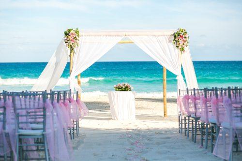 Chelsea Luis GR Caribe Deluxe Cancun Wedding.  17 500x333 - Chelsea & Luis - GR Caribe Deluxe