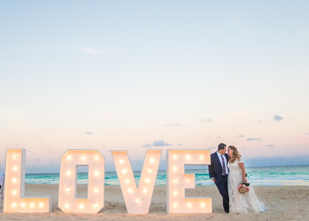 Chelsea Luis GR Caribe Deluxe Cancun Wedding.  4 - Chelsea & Luis - GR Caribe Deluxe