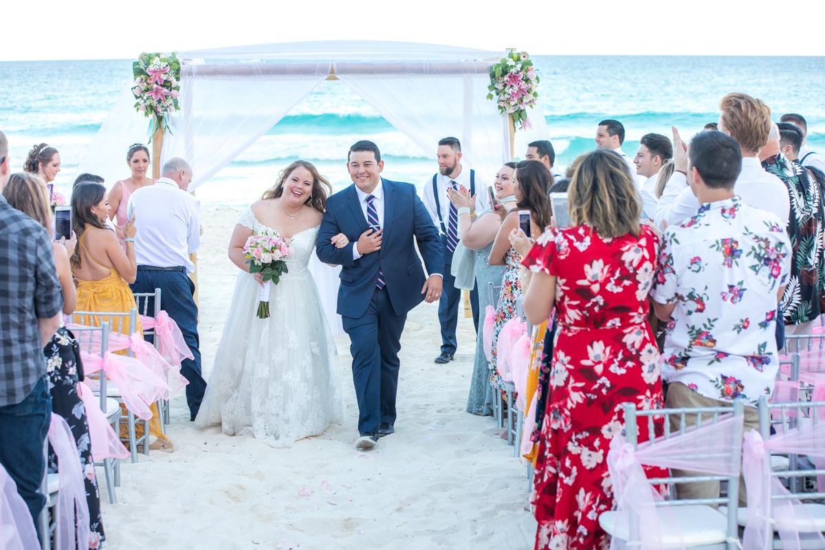 Chelsea Luis GR Caribe Deluxe Cancun Wedding.  6 - Chelsea & Luis - GR Caribe Deluxe