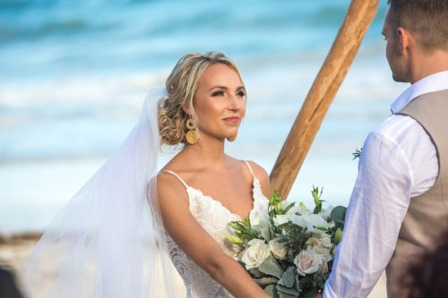 Kim Lev Akiin Beach Club Tulum Wedding 18 500x333 - Kim & Lev - Ak'iin Beach Club Tulum