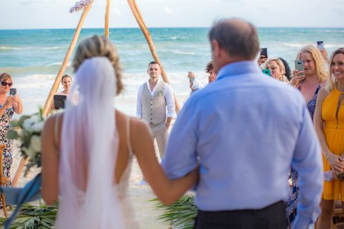 Kim Lev Akiin Beach Club Tulum Wedding 19 500x333 - Kim & Lev - Ak'iin Beach Club Tulum