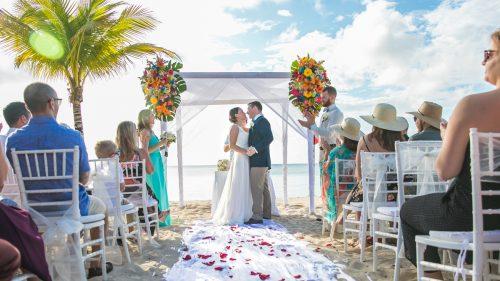 Kathryn Kyle Allegro Cozumel Wedding 15 500x281 - Kathryn & Kyle - Allegro Cozumel