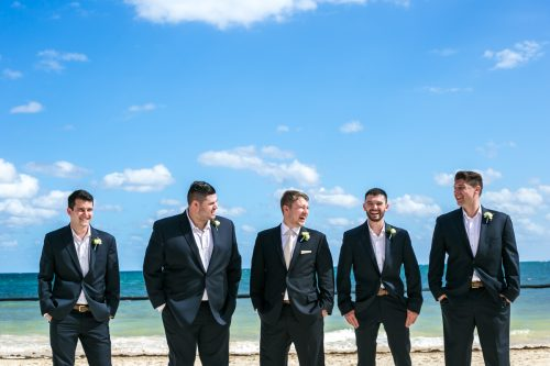 Nadine Ryon Grand Coral Beach Club Playa del Carmen Wedding 19 500x333 - Nadine & Ryan - Grand Coral Beach Club