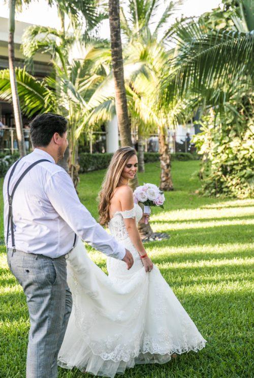 Georgia Josuha Hotel Riu Yucatan Playa del Carmen Wedding 19 500x745 - Georgia & Joshua - Hotel Riu Yucatan