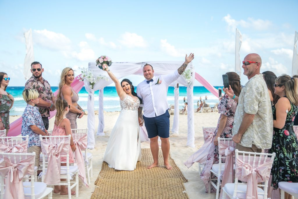 Kathleen Keith Mexico 8 1024x683 - What's Included in Playa del Carmen Vow Renewal Packages?