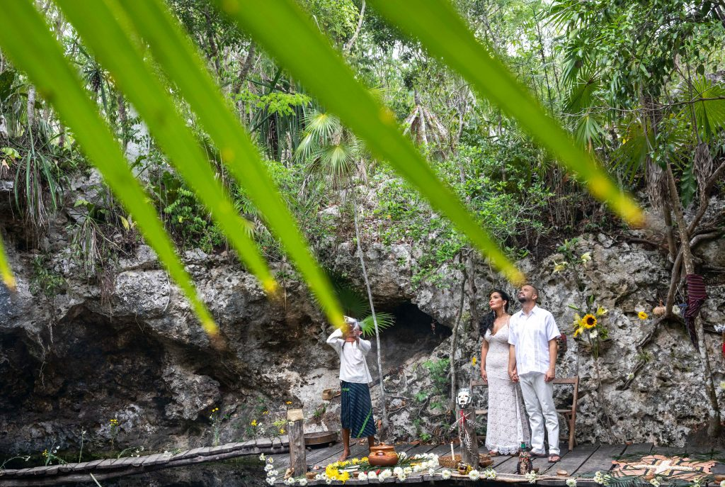 Erik Jess xo tihka Eco Park Riviera Maya Vow Renewal 11 1024x687 - 5 Simple Steps: How to Elope in Riviera Maya, Mexico