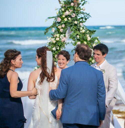 Alex Dylan Akiin Beach Club Tulum Wedding 9 1 500x512 - Alex & Dylan - Ak'iin Beach Club