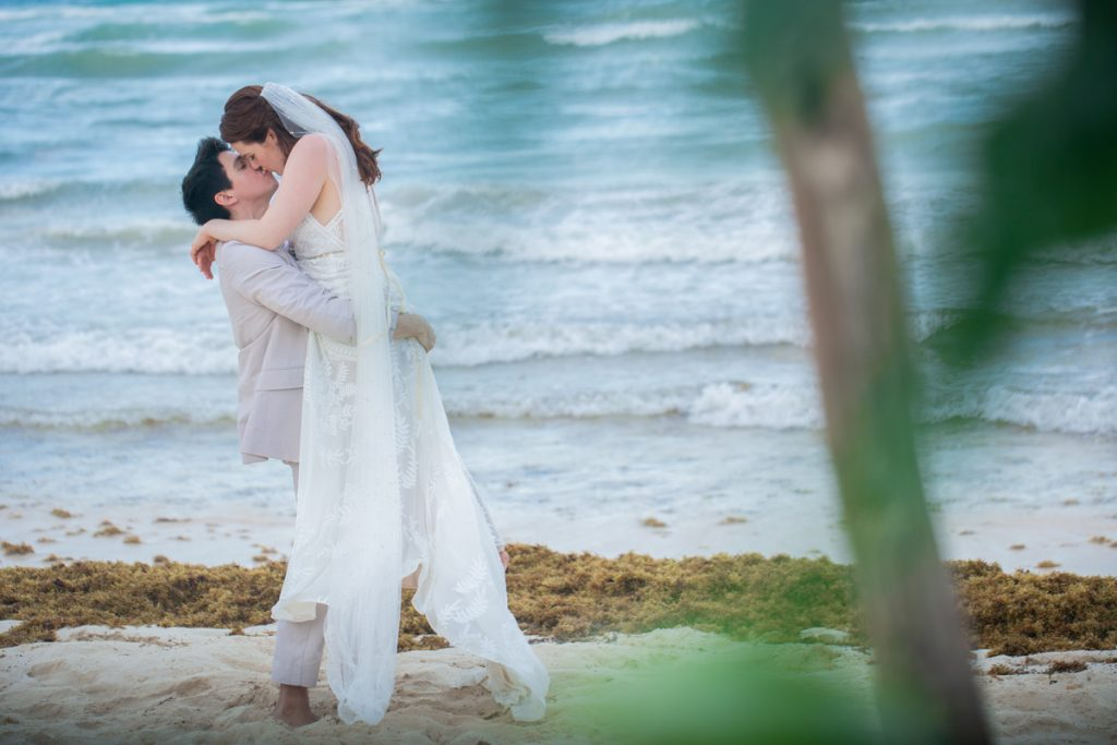 Alex Dylan Akiin Beach Club Tulum Wedding 9 1024x683 - 7 Questions You Need to Ask Your Playa del Carmen Wedding Photographer Before Booking Them