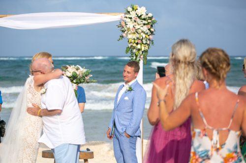 Nicole Josh Hip Hotel Tulum Wedding 11 1 500x333 - Nicole & Josh - Hip Hotel Tulum