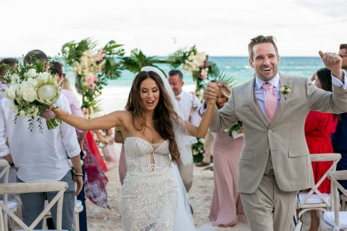 Vanessa Chris Akiin Beach Club Tulum Wedding 11 1 500x333 - Vanessa & Chris - Ak'iin Beach Tulum
