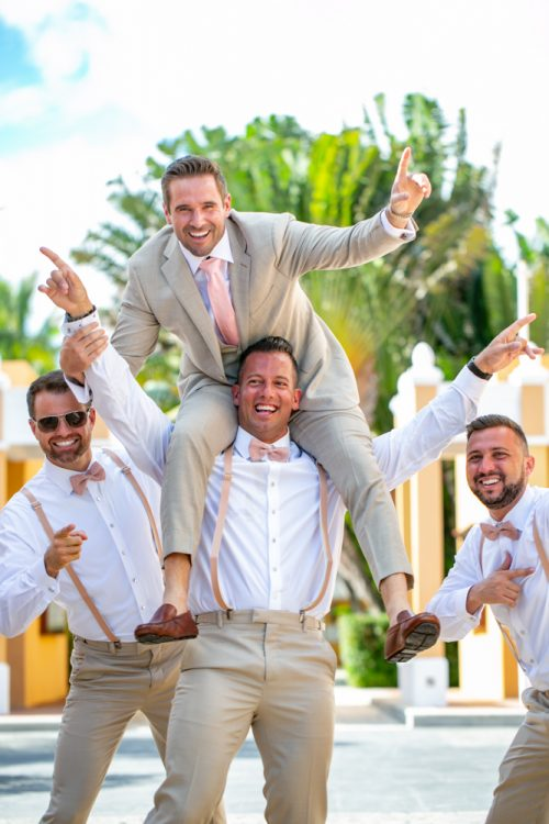 Vanessa Chris Akiin Beach Club Tulum Wedding 11 500x750 - Vanessa & Chris - Ak'iin Beach Tulum