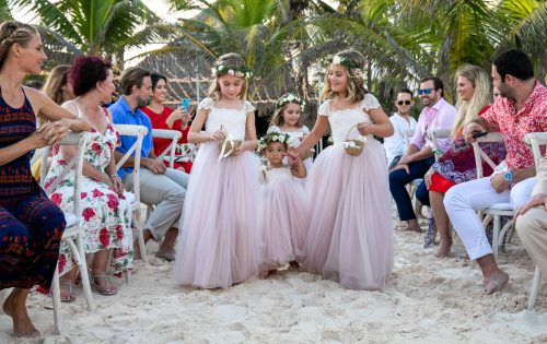Vanessa Chris Akiin Beach Club Tulum Wedding 18 500x315 - Vanessa & Chris - Ak'iin Beach Tulum