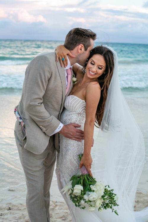 Vanessa Chris Akiin Beach Club Tulum Wedding 2 500x750 - Vanessa & Chris - Ak'iin Beach Tulum