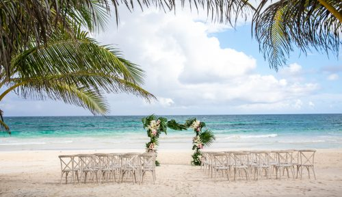 Vanessa Chris Akiin Beach Club Tulum Wedding 20 500x288 - Vanessa & Chris - Ak'iin Beach Tulum