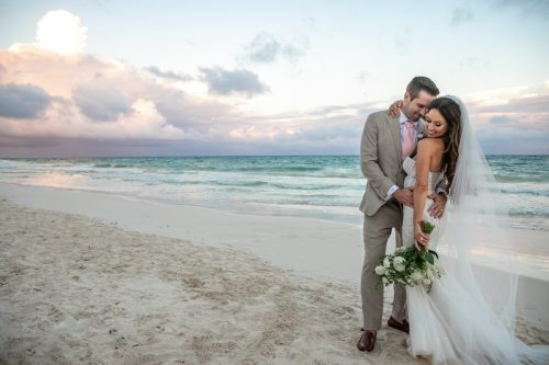 Vanessa Chris Akiin Beach Club Tulum Wedding 5 1 500x333 - Vanessa & Chris - Ak'iin Beach Tulum