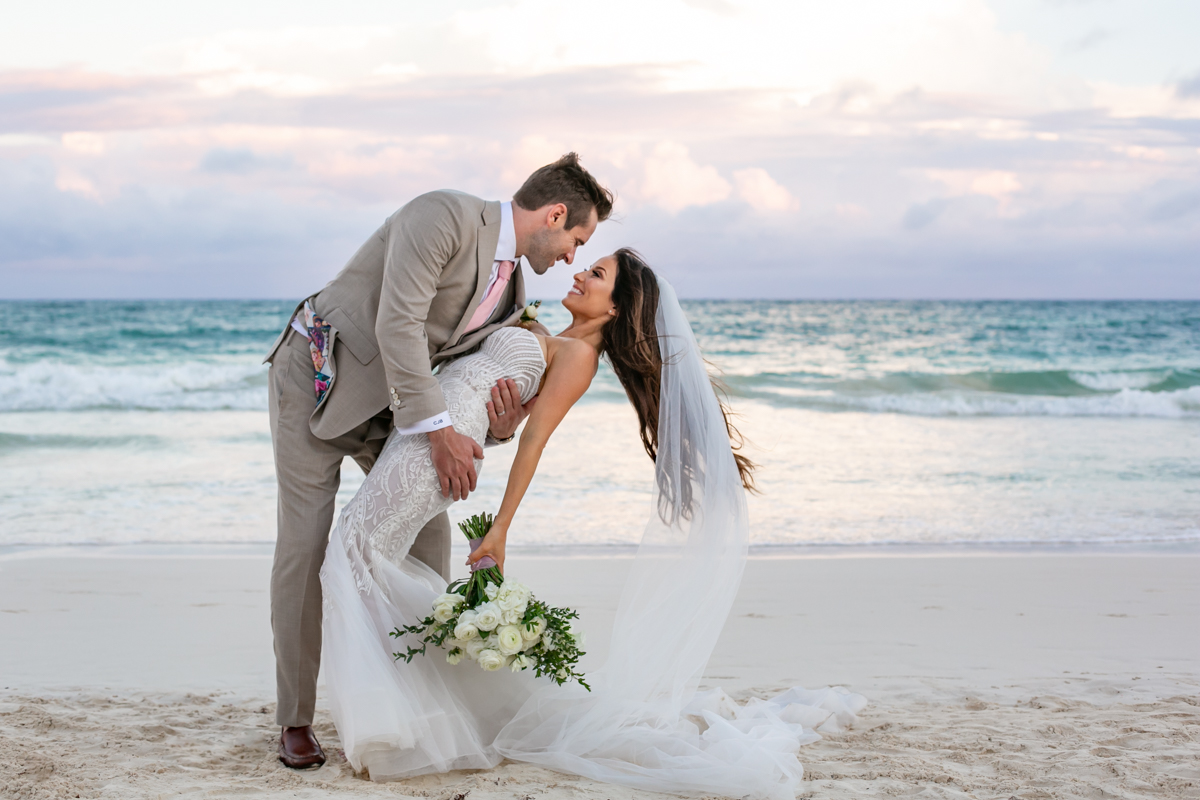 Vanessa Chris Akiin Beach Club Tulum Wedding 6 1 - Vanessa & Chris - Ak'iin Beach Tulum