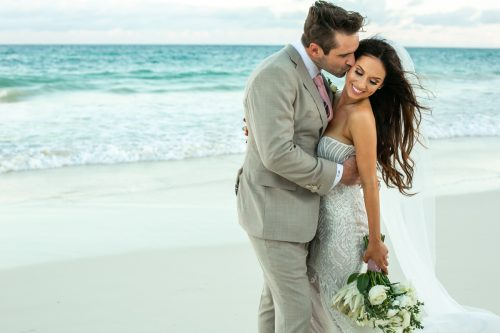 Vanessa Chris Akiin Beach Club Tulum Wedding 9 1 500x333 - Vanessa & Chris - Ak'iin Beach Tulum