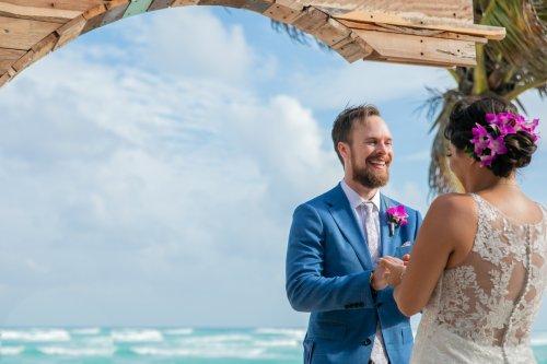 Ginnie Reaves Mia Beach Club Tulum Wedding 10 500x333 - Ginnie & Reaves - Mia Beach Club