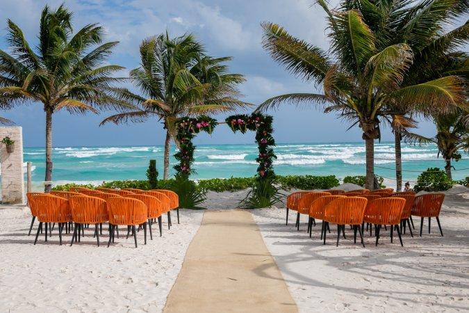 Ginnie Reaves Mia Beach Club Tulum Wedding 11 675x450 - Playa del Carmen Wedding Photography, Riviera Maya Wedding Photographer