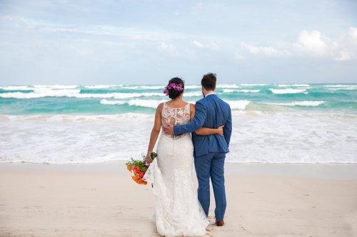 Ginnie Reaves Mia Beach Club Tulum Wedding 4 500x333 - Ginnie & Reaves - Mia Beach Club