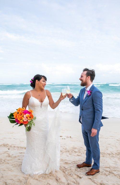 Ginnie Reaves Mia Beach Club Tulum Wedding 5 1 500x770 - Ginnie & Reaves - Mia Beach Club