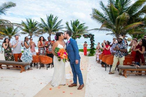 Ginnie Reaves Mia Beach Club Tulum Wedding 5 500x333 - Ginnie & Reaves - Mia Beach Club