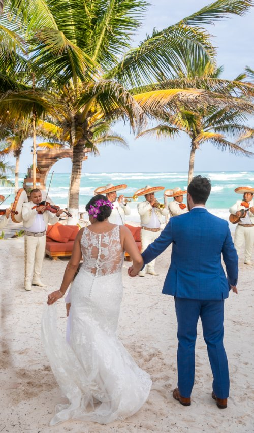 Ginnie Reaves Mia Beach Club Tulum Wedding 8 1 500x853 - Ginnie & Reaves - Mia Beach Club