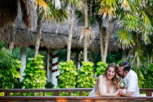 Lauren Zachary Riviera Maya Valentin Imperial Wedding 4 1 500x333 - Lauren & Zachary - Valentin Imperial Maya