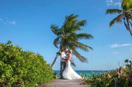 Kaylan Nick Dreams Resort Tulum Wedding 12 500x333 - Kaylan & Nick - Dreams Tulum